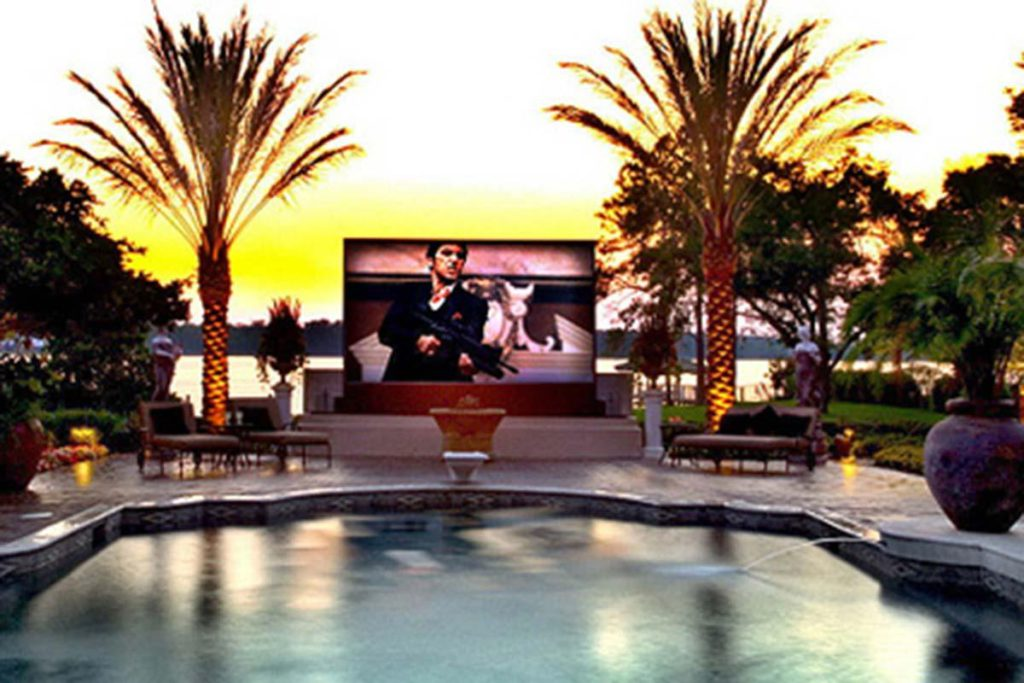 Amazing Home Theaters Outdoors